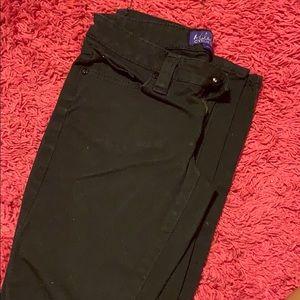 Black Miley Cyrus skinny jeans